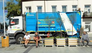 Więcej o: Zmiana firm odbierających odpady